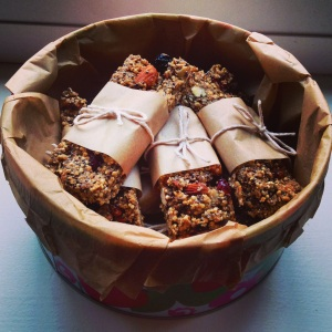 Quinoa protein bars